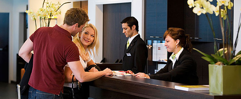 customer-satisfaction-hotel-guest-experience